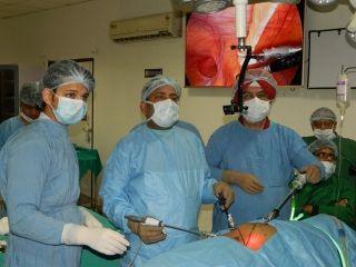 Live Demonstrate laparoscopic repair of Laparoscopic Inguinal Hernia surgery by Prof Dr. R. K. Mishra.