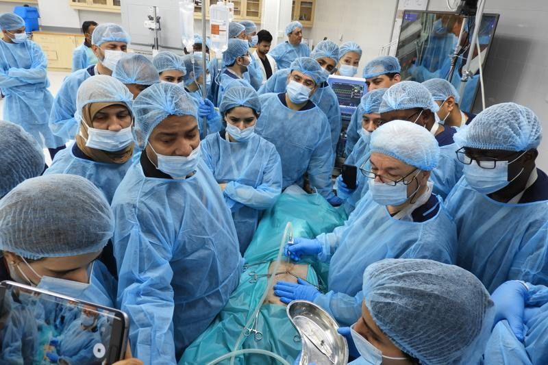 Gynecologist Inter active Laparoscpoic wet lab Prof Dr R. K. Mishra Explaining & Demonstrate to Gynaecologist how to apply closed access techniques, and Gynecologist practicing Laparoscopic Tubal Sterilization, Hysterectomy surgery on the Live Tisue.