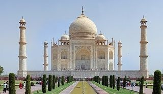 Today on Sunday D.MAS Doctors Went to see Tajmahal