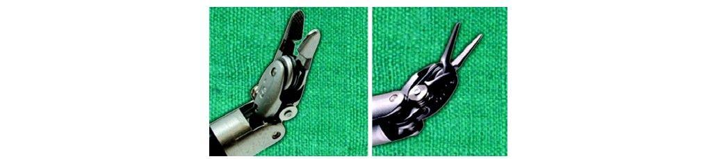 Robotic needle holder