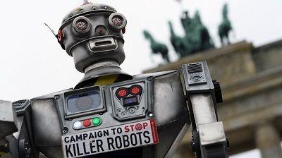 Killer DaVinci Robot